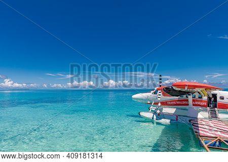 May.19.2019 - Ari Atoll, Maldives: Exotic Scene With Trans Maldivian Airways Seaplane On Maldives Se
