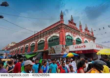 Kolkata, West Bengal, India - 10th September 2019 : Shoppers Outside Sir Stuart Hogg Market, S.s.hog