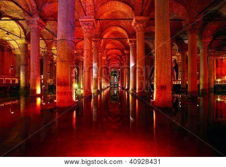 Underground Basilica Cistern. Byzantine Water Reservoir Build By Emperor Justinianus - Turkey, Istan