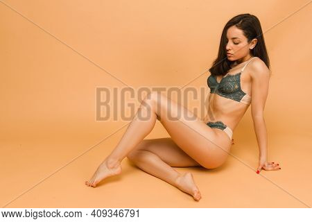 Athletic And Healthy Woman Posing In Underwear. Fit And Sexy Female In Underwear. Slim Body Shape, N