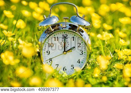 Daylight saving time change, spring forward
