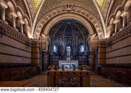 Lyon, France - Sep 27, 2020: Inside The Basilica Of Notre-dame Of Fourviere, La Basilique Notre Dame