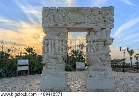 Tel Aviv, Israel - December 28, 2015: The Gates Of Faith Sculpture In Abrasha Park In Old Jaffa, Tel