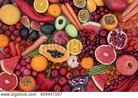 Fruit and vegetable collection very high in lycopene, also high in antioxidants, anthocyanins,  vitamins, fibre, minerals and  dietary fibre. Good for heart health a boosting the immune system.
