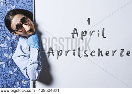 Aprilscherze - Translation From German Language - Kick Me, April Fools.. April Fools Day Jokes. A Wo