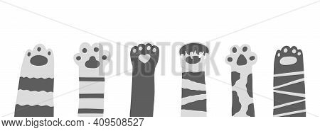 Cat Paw Sinmpe Doodle Hand Drawn Set. Cartoon Vector Funny Meow Kitty Concept