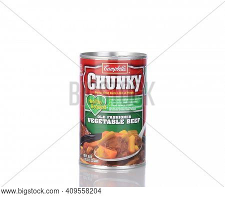 IRVINE, CA - January 05, 2014: A can of Campbells Chunky Vegetable Beef Soup. Headquartered in Camden, New Jersey, Campbell's products are sold in 120 countries around the world.