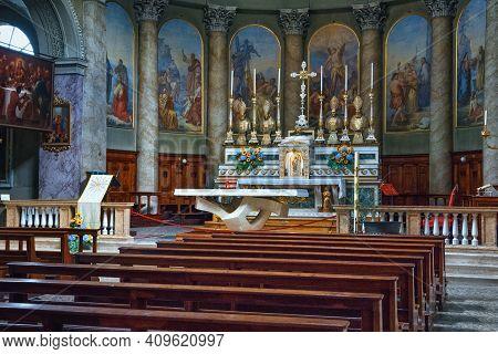 Bergamo, Italy - May 22, 2019: Main Altar In The Neoclassic Sant'andrea Church In Bergamo. The Churc