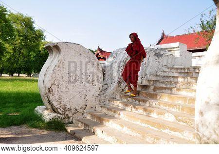 Novice Monk Burma Walking Travel Visit In Mandalay Palace The Last Burmese Monarchy Royal Residency