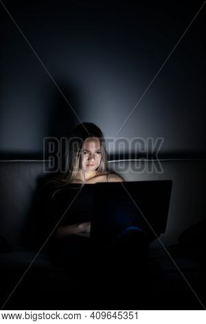 Teenage girl studying in a virtual class. Distance education and learning, e-learning, online learning concept during quarantine, pandemics