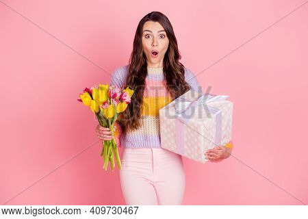 Portrait Of Attractive Impressed Amazed Girl Holding In Hands Tulips Giftbox Sale Offer Isolated Ove