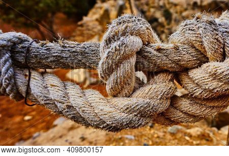 Heavy Tow Knot Thick Ropes Tied Together