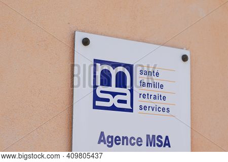 Bordeaux , Aquitaine France - 02 20 2021 : Msa Logo Brand And Text Sign On Store Insurance Office Sh