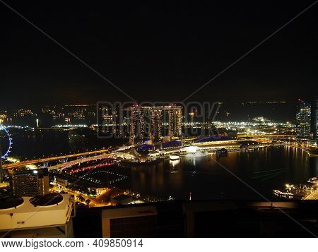Singapore - 03 Mar 2012: The View On Marina Bay Sands At Night, Singapore