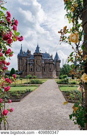 Castle De Haar Utrecht, View Of De Haar Castle In Dutch Kasteel De Haar Is Located In Utrecht Nether
