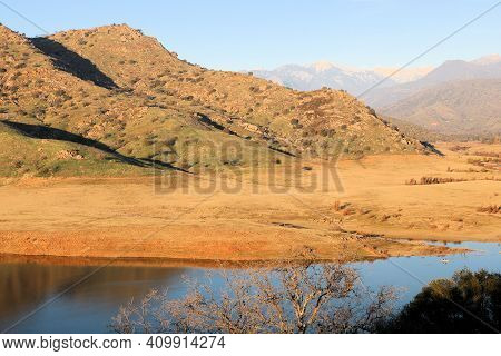 Sunet Over A Lake Kaweah With Low Water Levels During A Prolonged Drought Taken In The Foothills Of