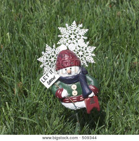 Spring Snow Figure