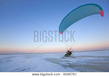 Paraplane Taking Off