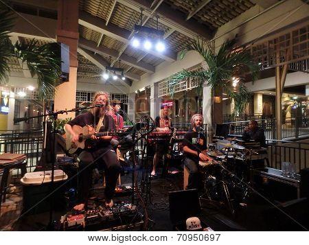 Mike Love Jams At Mai Tai Bar