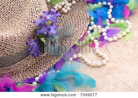 Ostern Hut mit Perlen und boa