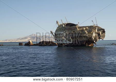 Shipwreck On The Reef