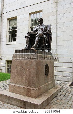 John Harvard Statue in Harvard University