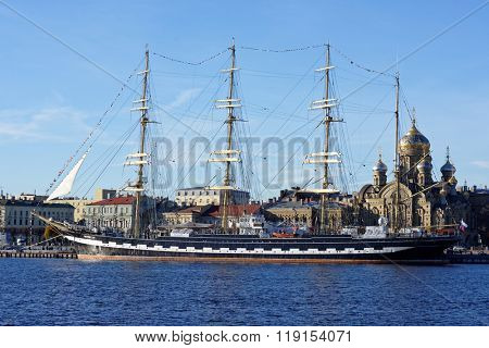 ST. PETERSBURG, RUSSIA - NOVEMBER 5, 2015: Four masted barque Krusenstern anchored at the embankment of Lieutenant Schmidt. This year the sailing ship visited all coastal Russian hero cities
