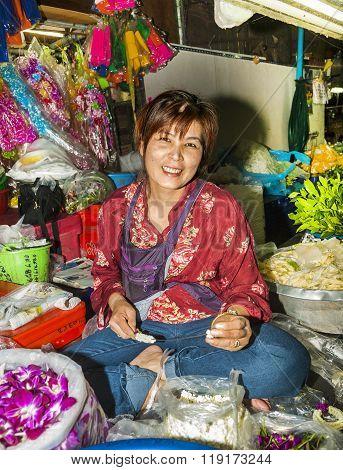 People Selling Flowers At Pak Khlong Thalat Market