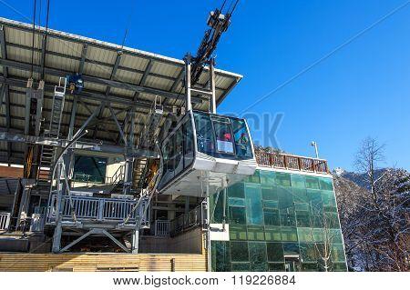 Cable Car To Seoraksan Mountains,south Korea.