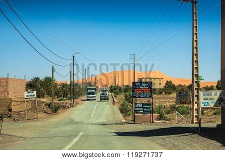 Hassilabied, Morocco - May 2,2013: View Of The Village Hassilabied Near Merzouga, Erg Chebbi Sand Du