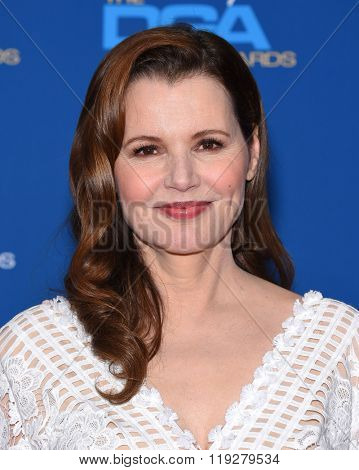 LOS ANGELES - FEB 06:  Geena Davis arrives to the Directors Guild Awards 2016  on February 06, 2016 in Century City, CA.