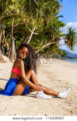 Beautiful Teenage Black Girl In Sunglasses, Bra And Skirt.