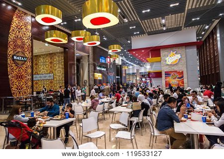 Food Court In Dubai Mall