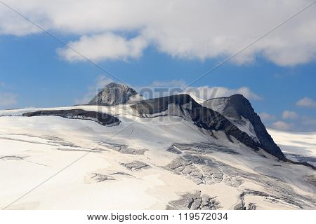 Venedigergruppe - Mountain Rainerhorn, Grossvenediger And Schwarze Wand In Hohe Tauern Alps, Austria