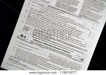W-4 Tax form for US income tax withholding