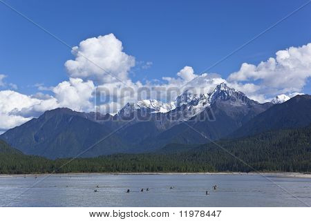 tibet: mountain and lake landscape