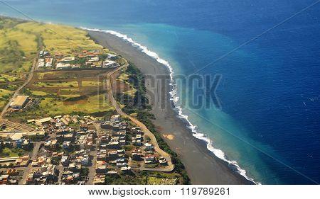 Waves, Black Sand Beach, City