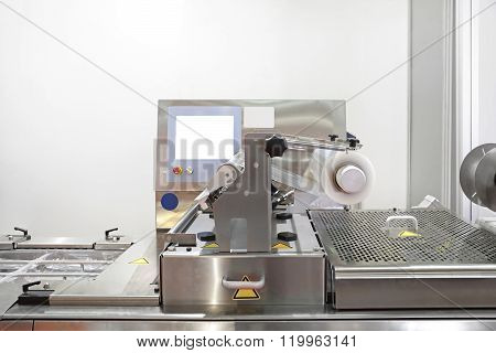 Foil Packaging Machine