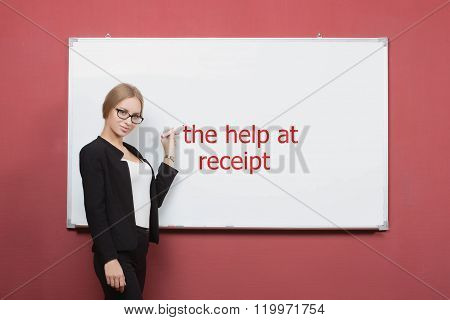 girl writes the help at receipt on a white board.