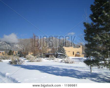 Toas House