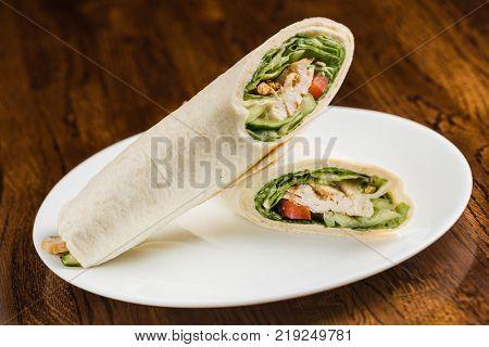 tortilla wraps with chicken