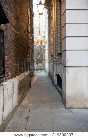 London United Kingdom - October 30th 2017:- A narrow alley in central London
