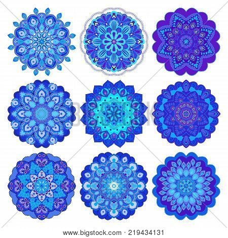 Mandalas collection. Asian traditional mehandi style decor. Oriental pattern, vector illustration. Vintage decorative elements. Round Ornament