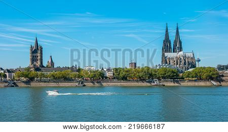 The Deutzer Rhine Boulevard In Cologne At Summer