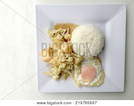 Stir Fried Tofu In Chinese Style,deep Fried Tofu With Gravy Sauce ,stir Fried Tofu With Cauliflower
