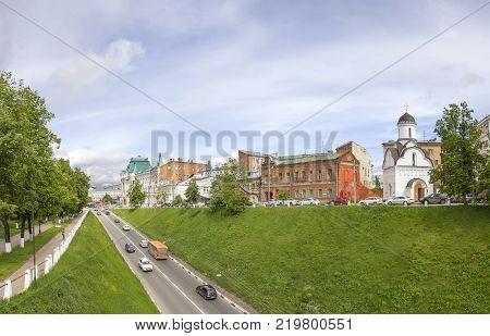 NIZHNY NOVGOROD, RUSSIA - June 8, 2017: Ulica Zelensky (or Zelenskiy) syezd