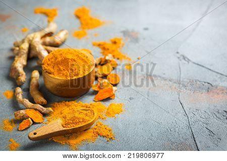 Raw Turmeric Root Curcuma Longa Powder