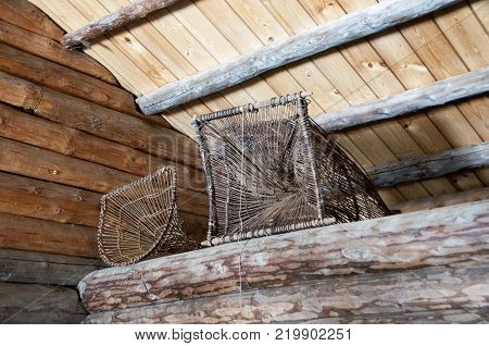 Versha kind antique fishing tackle wicker. Lie on the attic.