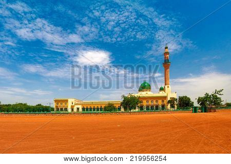 exterior view to Niamey Grand mosque, Funded with money from Libyan Government of Gaddafi, Niamey, Niger