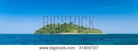 Idyllic Lagoon Exotic Getaway